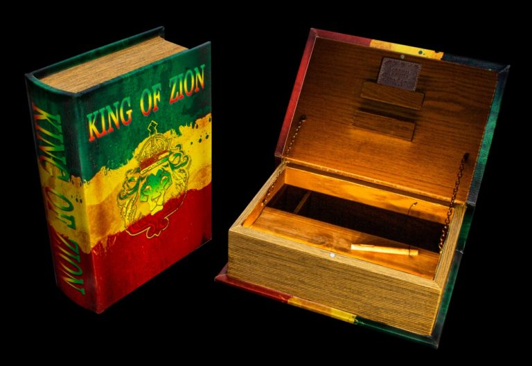"""Joint Buch Box """"King of Zion"""""""