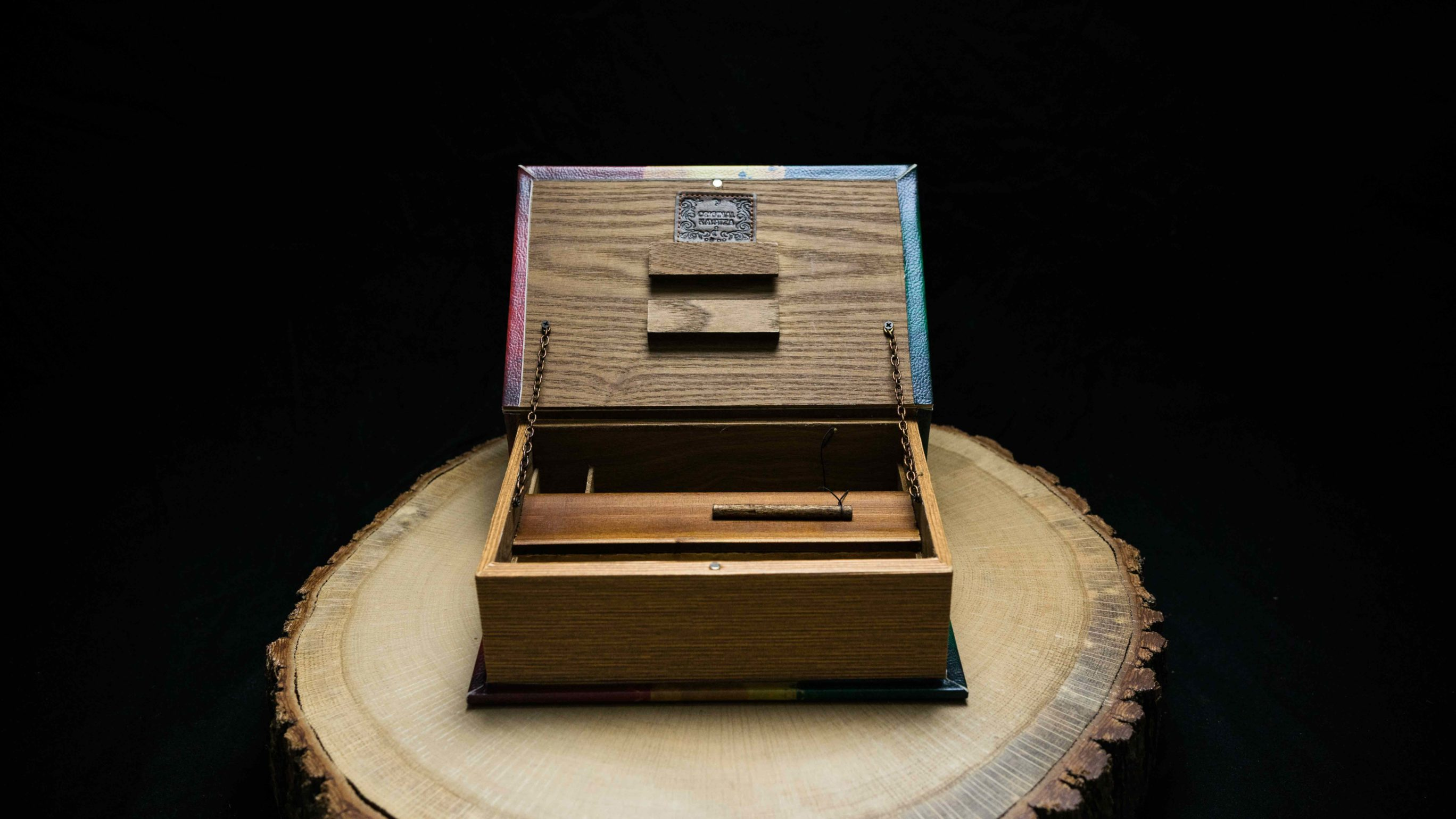 King of Zion, Book Box, Buch Box, Mini Box, ,Bong Buch, Bong Book, Original Kavatza, Kavatza, Unique Smoking Equipment, just roll with it