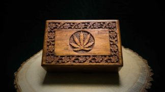 "Wooden Box ""Flower"""
