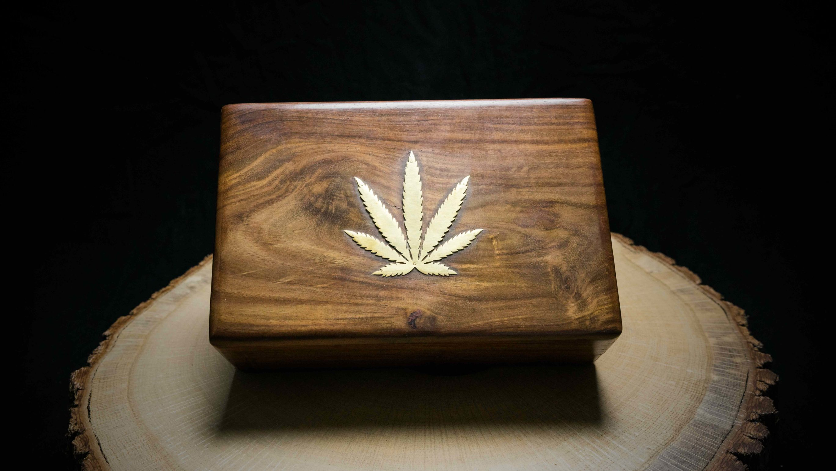 "Wooden Box ""Leaf"""