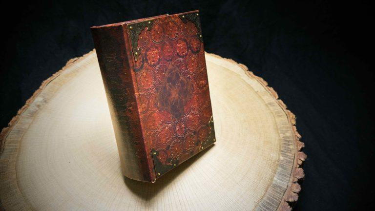 """Mini Joint Buch Box """"The Piunique"""""""