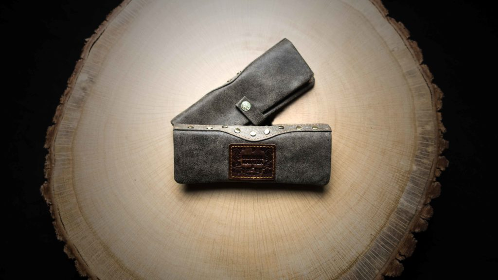 """MP13 Mini Joint Rolling Pouch """"Wild Thing"""""""