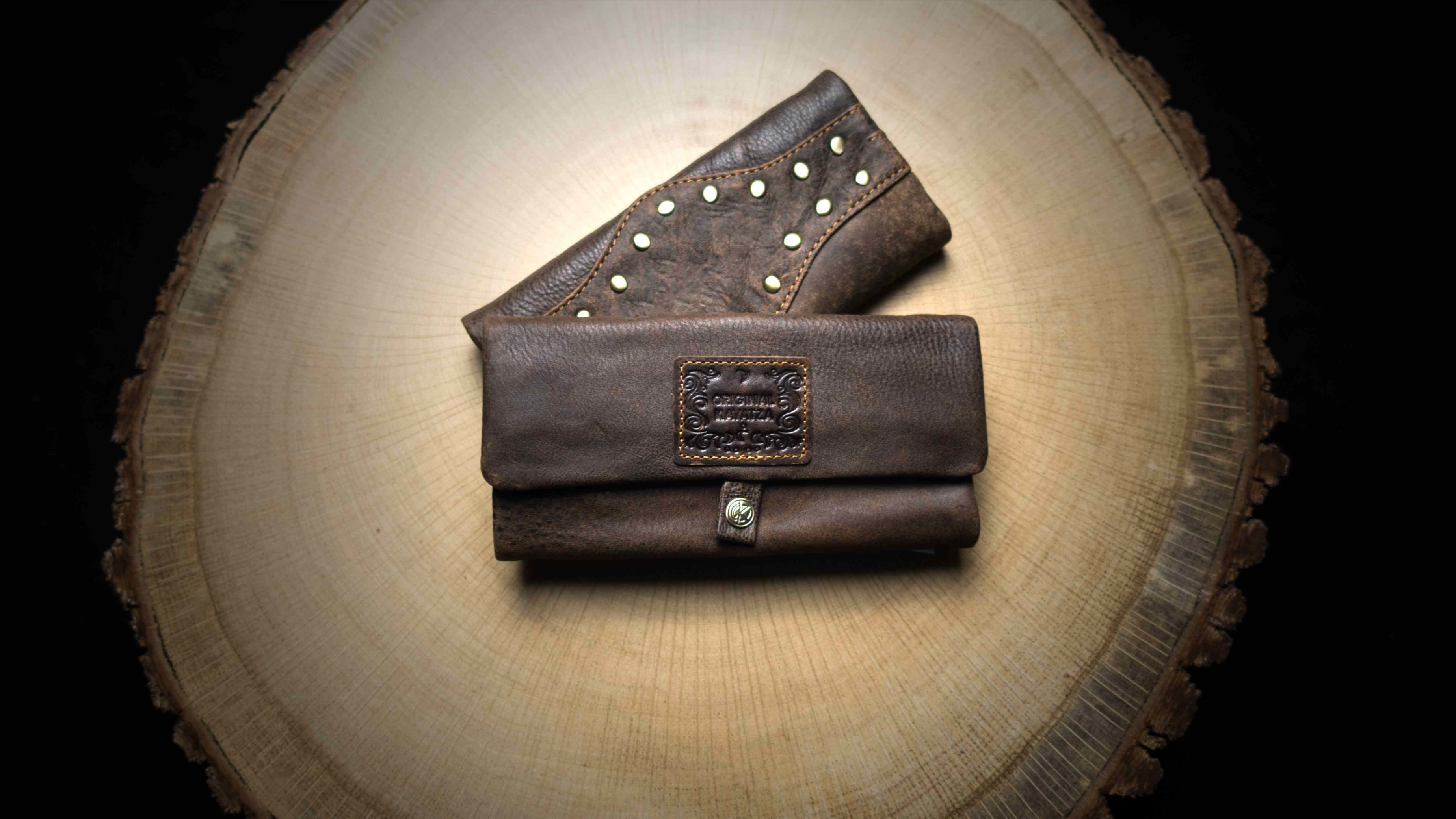 "P13 Rolling Tobacco Pouch ""Wild Thing"""