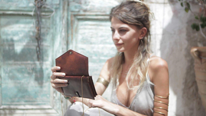 "EN: MJC17 - Mary Jane Clutch ""Havana"" DE: MJC17 - Mary Jane Handtasche ""Havana"" EAN/GTIN: 4260419121130"