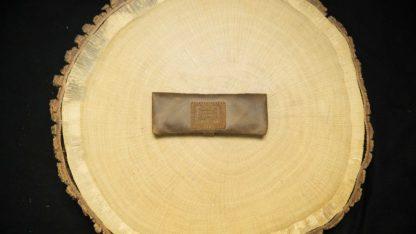 """EN: MP05RO - Mini Joint Rolling Pouch """"Buckaroo"""" DE: MP05RO - Mini Joint Tasche """"Buckaroo"""" EAN/GTIN: 4260419120959"""